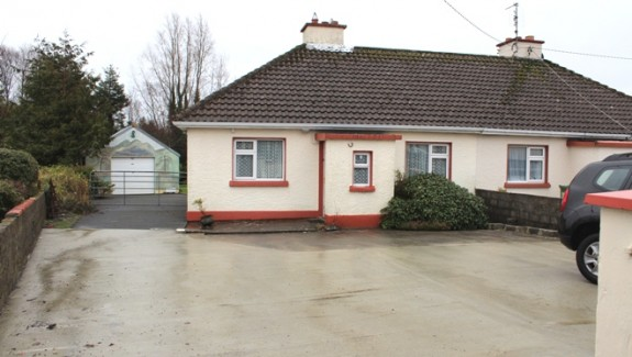 No 8 The Cottages 001