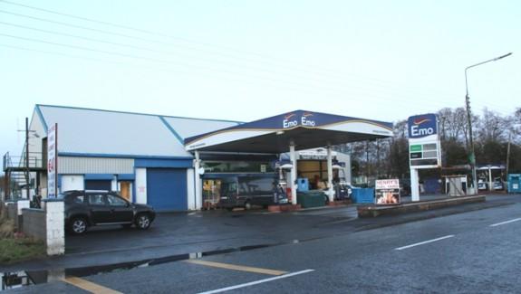 Fillin Station Knock Road 001