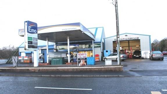 Fillin Station Knock Road 005